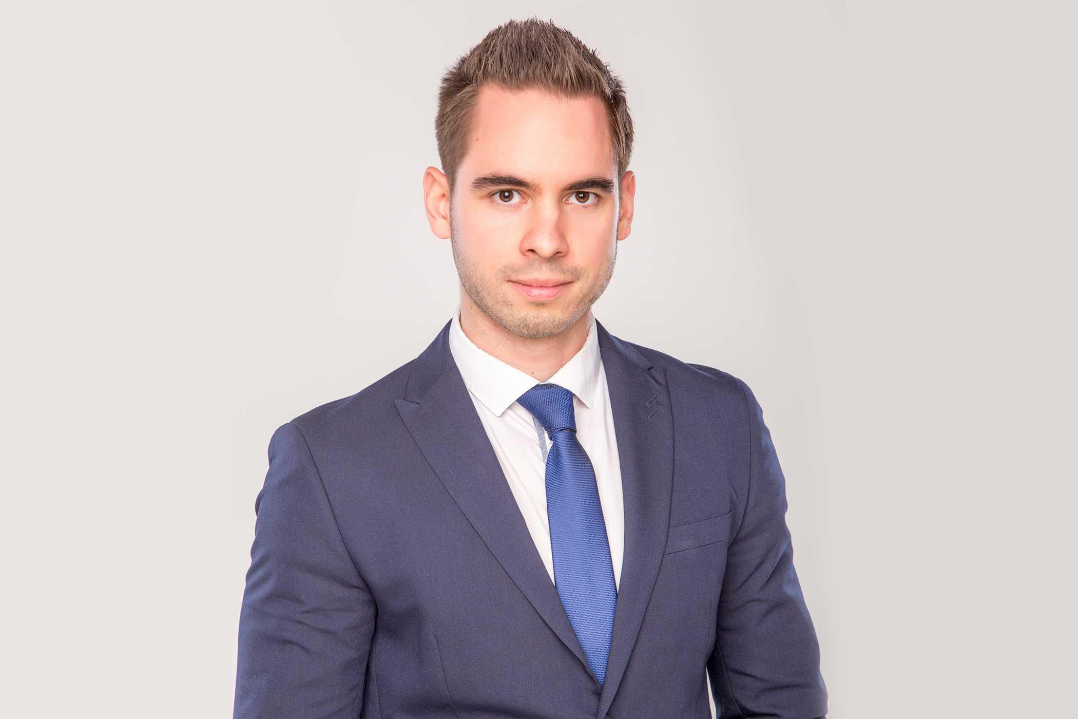 dr. Runyai Ferenc - ügyvéd, együttműködő partner